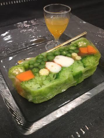 2014.7海老と野菜のテリーヌ オレンジのビネグレット